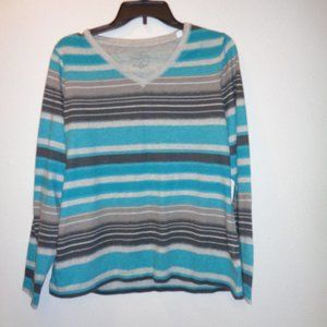Sonoma Everyday Tee Long Sleeve  VNeck Size L